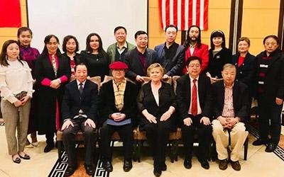 李志天等八位中国画家纽约参展并获奖[转自美国